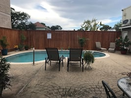 ST CHARLES AVE CONDO For rent 2BR 1BA