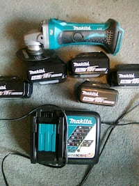 Makita Grinder with 4- 5.0 Batteries and charger St. Catharines, L2R 5V5