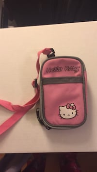 Hello kitty purse or phone case  Laval, H7Y 2C1