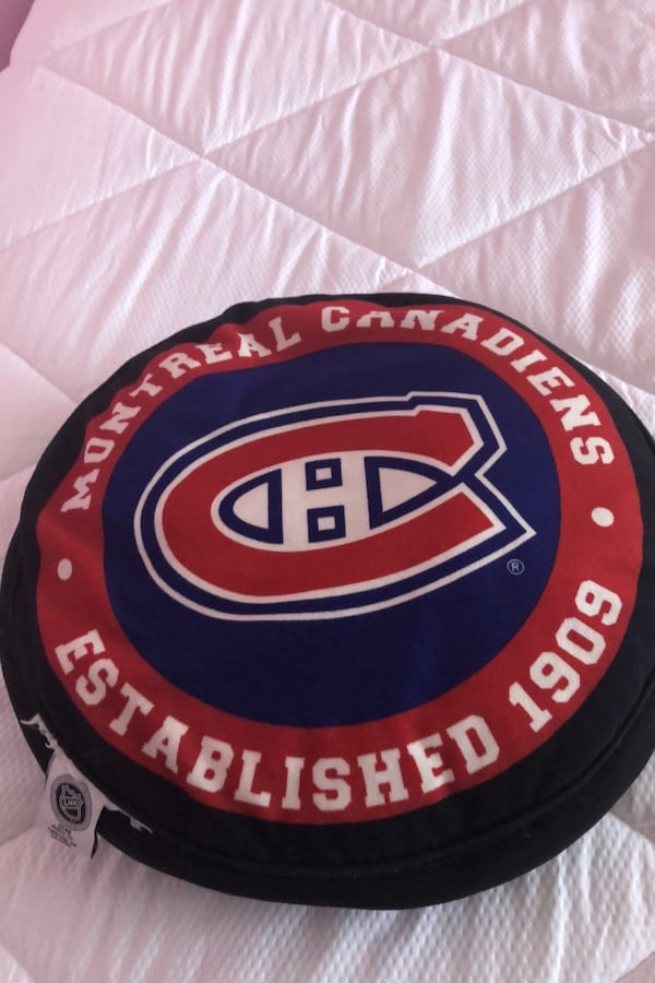 Pillow montreal canadians  1
