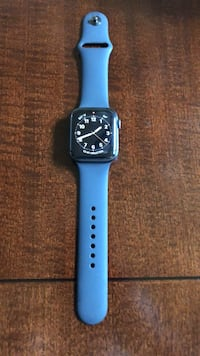 Apple Watch Series 4  Cypress, 77433