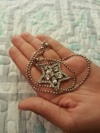 silver and diamond star pendant necklace Anaheim, 92801