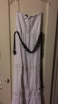 white tube midi dress Norfolk, 23513