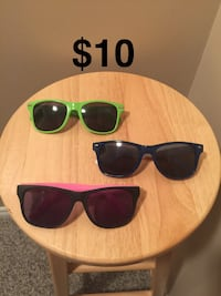 3 pairs of sunglasses Mississauga, L5N 8H4
