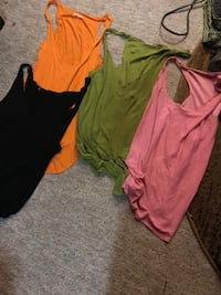 Med tank tops you can layer them Parma, 44129