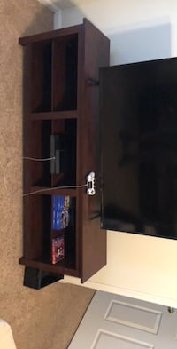 Wooden TV stand Helotes, 78023