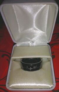 Men's Tungsten Ring London, N5Y 3A6