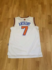 Carmelo Anthony New York Knicks Jersey Toronto, M5A 2E2