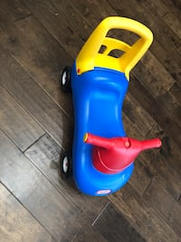 toddler's blue and yellow ride on toy Austin, 78717