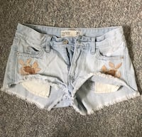 Abercrombie and Fitch shorts size 00 Edmonton, T6J 7B2