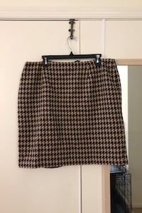Brown and tan houndstooth pencil skirt - size 14