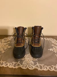Brand new Nike ACG boots never worn. Women's size 7-1/2 men size 5-1/2