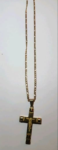 gold-colored chain necklace 47 km