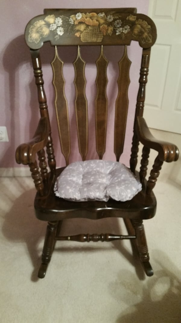 Furniture--Rocking Chair--Hardwood. Solid piece of furniture.   62caca4e-17d3-4bc8-b085-d3ed22938595