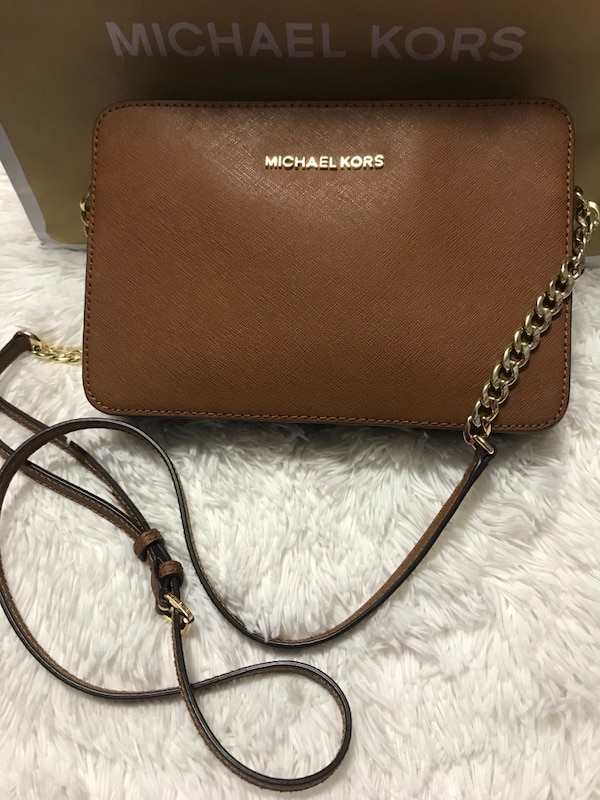 63d0e9078637 Used Michael Kors for sale in Mission - letgo