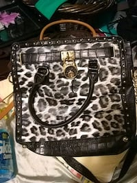 black and gray leopard print leather tote bag Abilene, 79606