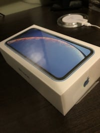 iPhone xr blue.  $550 OBO.  Ships from quebec Kitchener