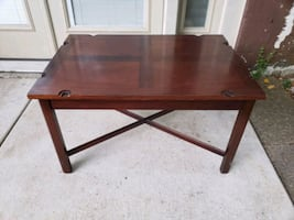 Coffee table/ Small / Plant stand / table