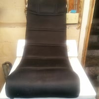 black and white leather padded rolling chair New Haven, 06511