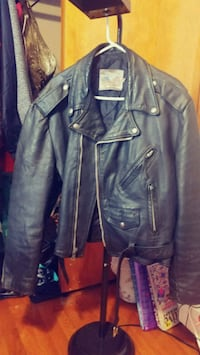 Leather biker jacket  Jacksonville, 72076