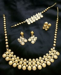 Gorgeous Jewelry Set Queens, 11421