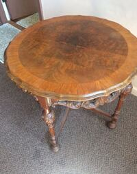 Antique Table Bloomfield Hills, 48301