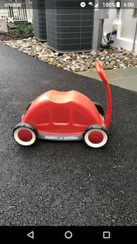Radio Flyer Car Ride On