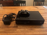 black Xbox One console with controller Annandale, 22003