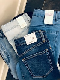 High Rise Jeans Size 26 *New*