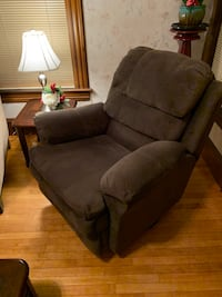 Reclining Swivel Chair