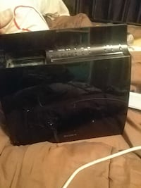 Sony ipod doc.. Older gen. Comes with 2 speakers  Calgary, T3A 1J9