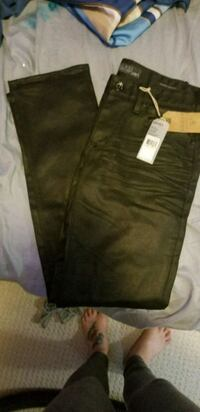 Mens guess. Jeans new  Prince George, V2L 5B9