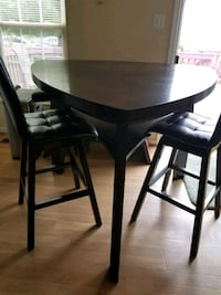 Dining table Rockville, 20854