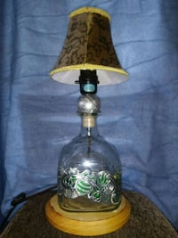 brown and green floral table lamp Meriden, 06450
