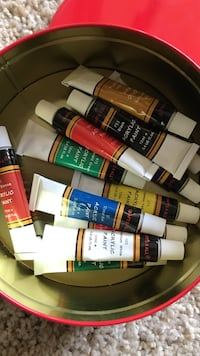 acrylic paints San Clemente, 92672