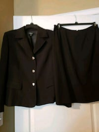 A black Kasper women suit Warner Robins, 31088