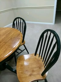 One table & four brown wooden windsor chairs McLean, 22102