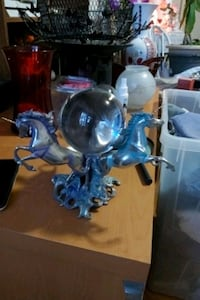 Triple unicorn with chrystal ball very heavy price negotiable  Ottawa, K1L 7V8
