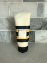 Gilly  Hicks Loring Aster Hand and body cream