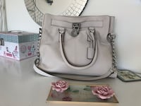 Michael Kors  bag. Authentic  Milton, L9T 7A1