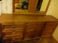 very nice dresser with mirror Midwest City, 73110