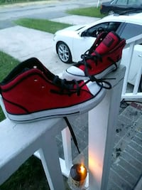 red-and-white high-top sneakers Columbia, 29203