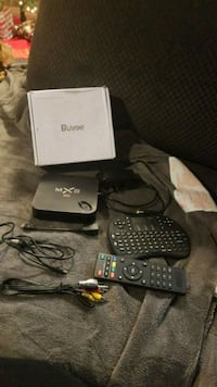 MX3 4K android w/keyboard & all extras