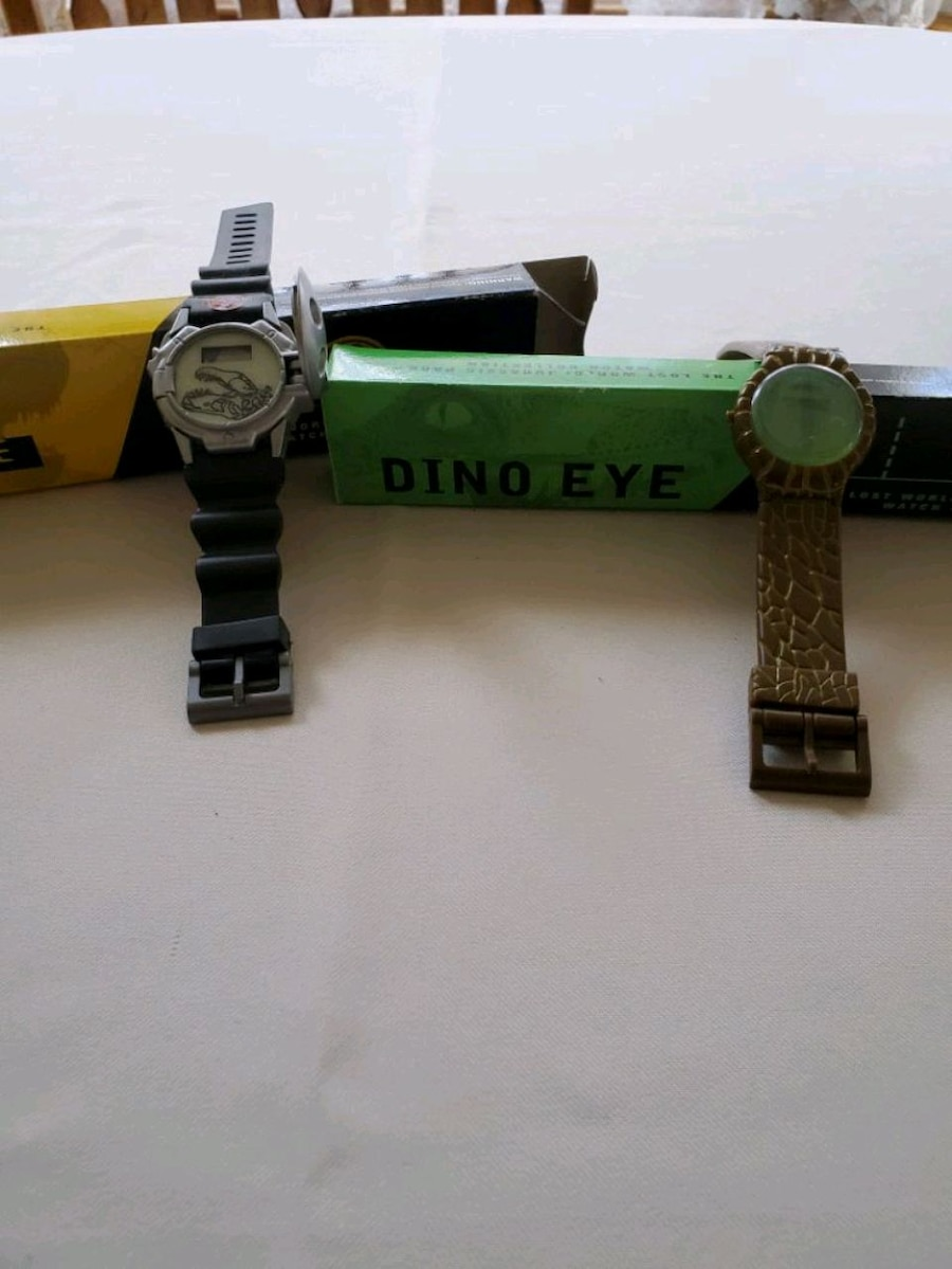 Photo The Lost World: Jurassic Park Watches