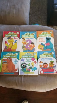 Vintage 1980's on my way with sesame street books