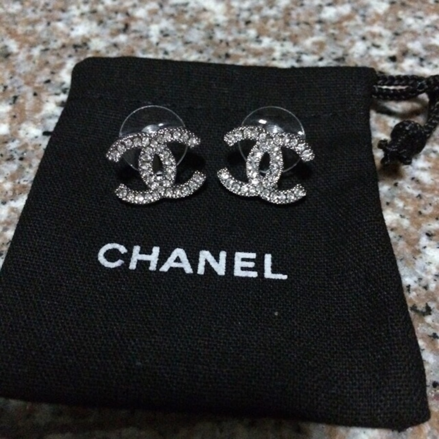 Chanel Classic Cc Earrings In Singapore Letgo