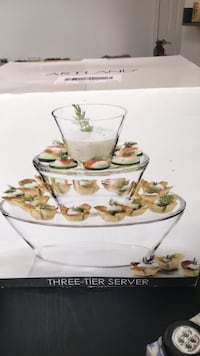 2 tier glass appetizer and dip server Southampton, 18966