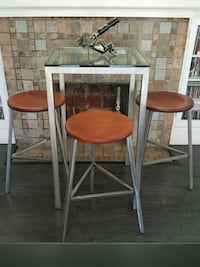 High bar table and 3 stools