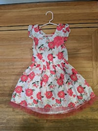 Girls summer dress Coquitlam, V3J 2X9