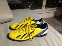 Adidas Soccer Shoes size 12 Burnaby, V5B 4X9